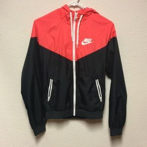 (💙1HR SALE!) Nike windrunner Jacket